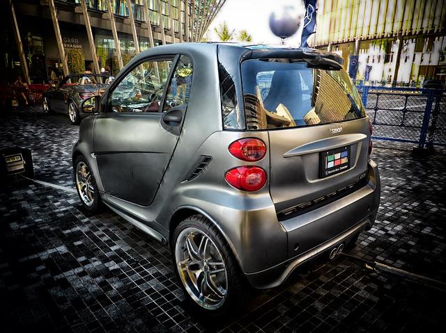 grey smartcar